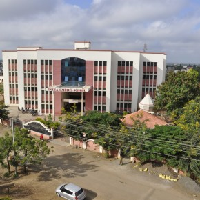 इंडियन मॉडेल स्कूल : ज्ञान व संस्कारांचा समन्वय